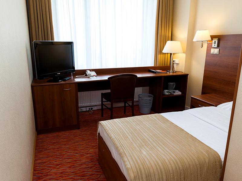 Стандарт одноместный в гостинице Максима Панорама